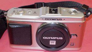 OLYMPUS E-P1オリンパス ミラーレス一眼| ハードオフ西尾店