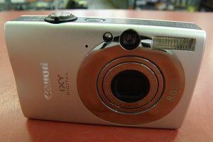 Canon  デジタルカメラ IXY DIGITAL 20IS| ハードオフ安城店