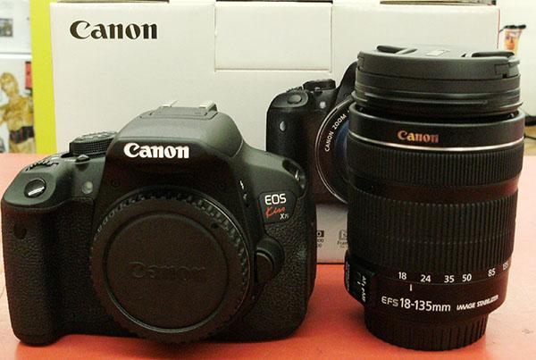 CANON  デジタル一眼レフ  EOS Kiss X7i EF-S18-135 IS STM レンズキット| ハードオフ豊田上郷店