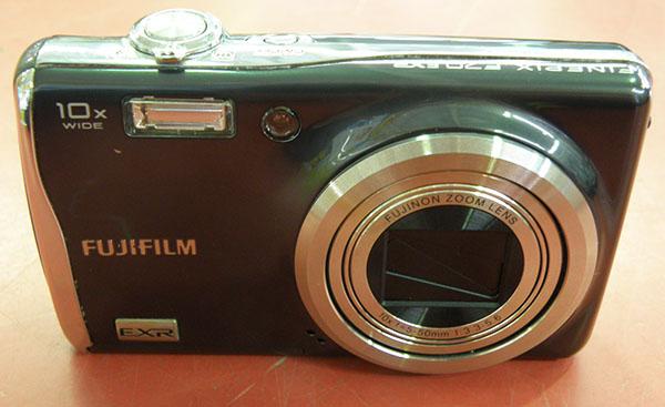FUJIFILM  デジタルカメラ Fine Pix F70EXR| ハードオフ安城店